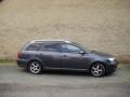 Toyota Avensis combi instalace protislunecni autofolie Llumar AT15