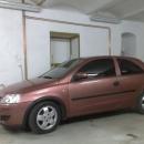 Opel Corsa instalace protislunecni autofolie Llumar AT5,15